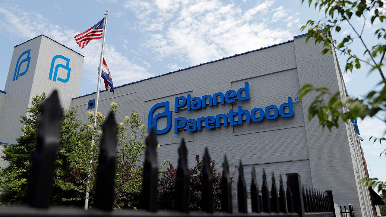 Planned Parenthood vows to spend $45M in 2020 to elect abortion-rights candidates thumbnail